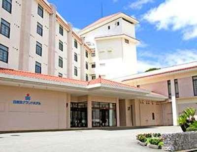 ⑦白良浜海水浴場と直結しているホテル 「白良荘グランドホテル」