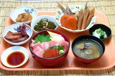 茨城県のデカ盛り②えっ!1050円で?土浦魚市場『まぐろ食べ放題』