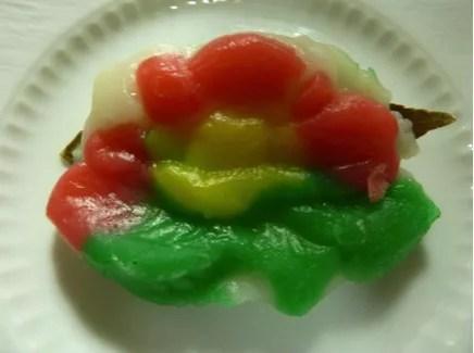 新潟県郷土料理⑧佐渡だけに残る色鮮やかな「しんこ餅」