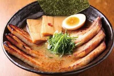 新潟ラーメンランキング⑧かさね醤油と大判チャーシュー「いっとうや」