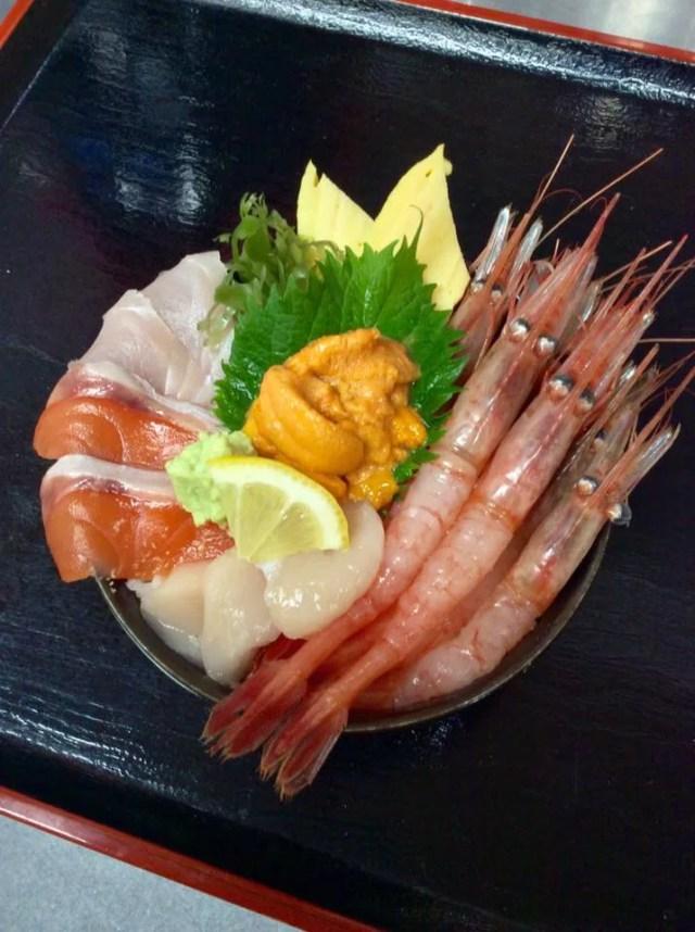 札幌海鮮丼ランキング⑩押し寄せる海鮮の波「どんぶり茶屋」