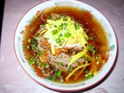 別府冷麺ランキング⑧ひかり食堂~出汁氷入り、夏にぴったりの冷麺