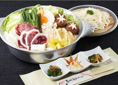 奈良県鍋料理ランキング⑨葛城山の絶景と鴨鍋「葛城高原ロッジ」