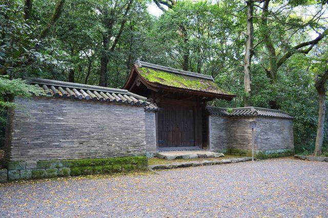 名古屋のパワースポット熱田神宮③草薙の剣が盗難、返納後に閉ざされた門「清雪門せいせつもん」