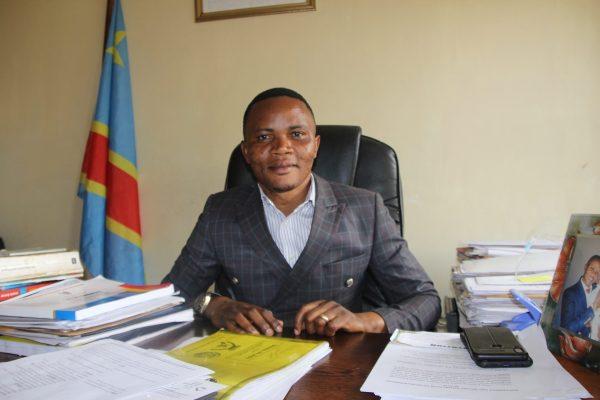 """Journée de la paix 2020 : """"Le manque d'emploi chez les jeunes ainsi que la non adaptation de la loi attirant les investisseurs, sont les  causes principales du manque de la paix au sud-kivu """"Armand ZABANDORA."""