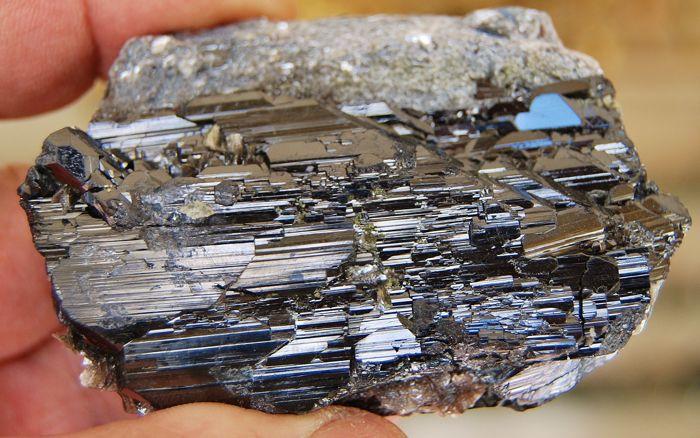 Sud-Kivu :  la chambre des mines veut mettre fin à l'exportation de wolframite.