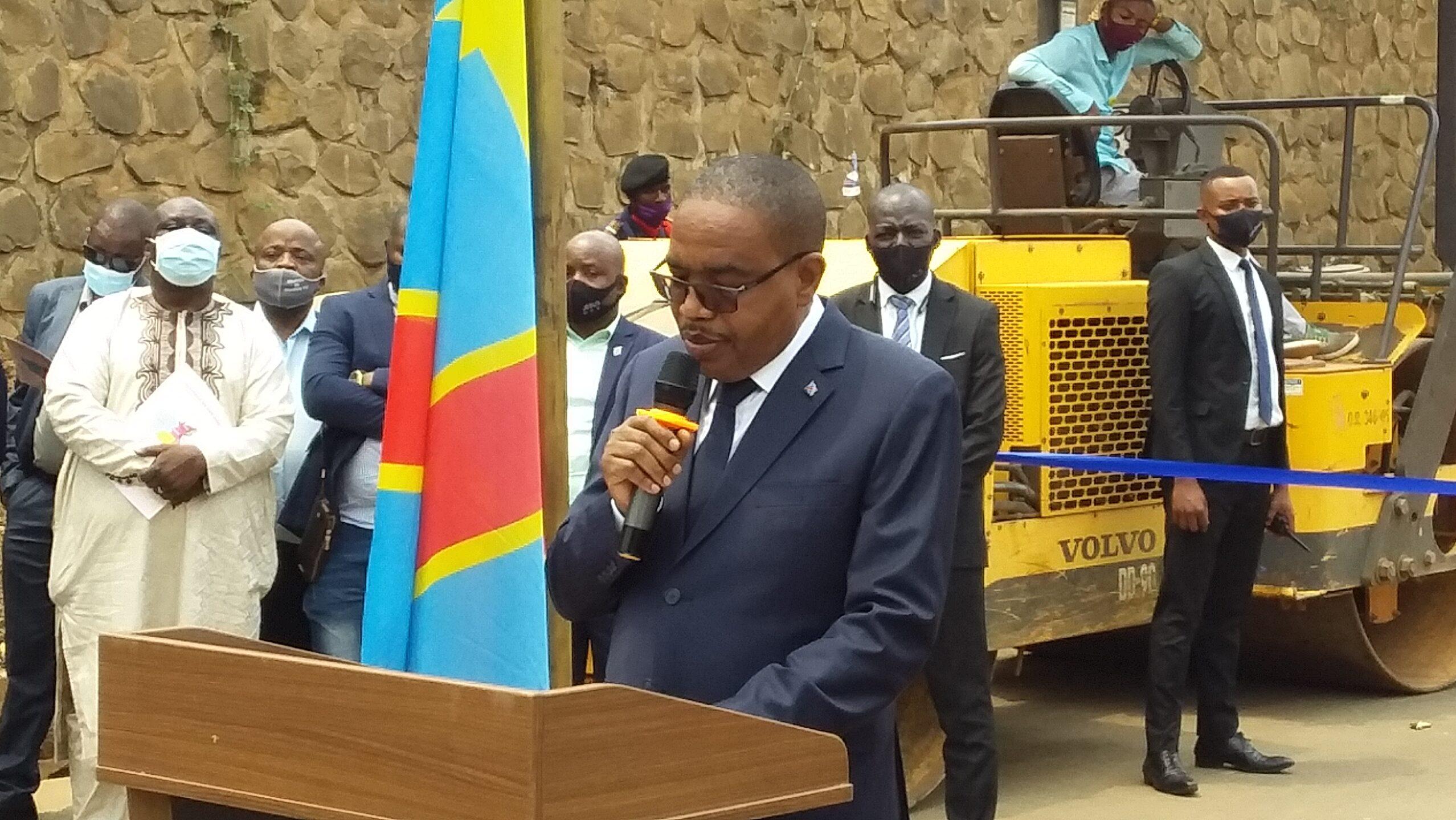 Sud-Kivu : Le gouverneur Théo Ngwabidje ne toléra pas ses ministres à rendement médiocre
