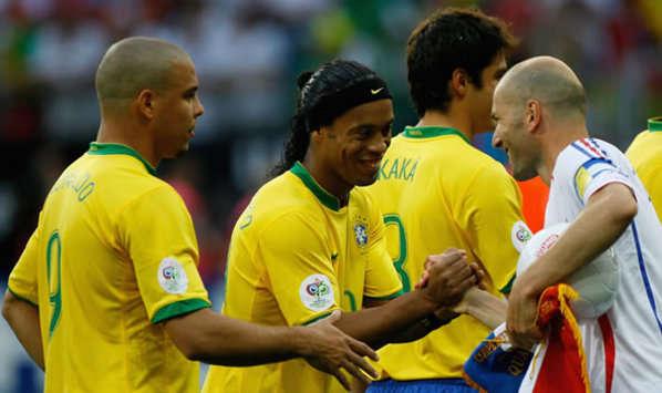 Footbal au Brésil : Ronaldinho à la 3ieme place de top 50 des meilleurs joueurs brésiliens de tous les temps