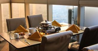 Ужин - шведский стол в отеле Bayoke Sky на 81 этаже ★ Свой человек в Таиланде