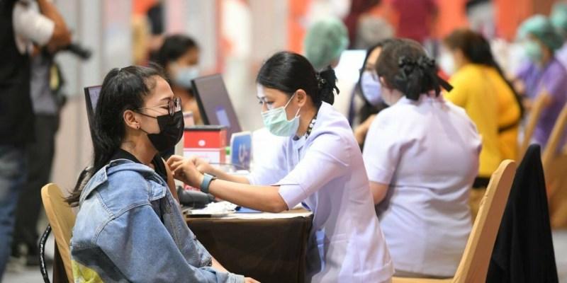 【泰國何時解封】2021年泰國疫情起始&現況、疫苗施打狀況、入境隔離檢疫、旅遊解封、普吉沙盒計畫等重點消息懶人包一次看!【2021/10/21更新資訊】