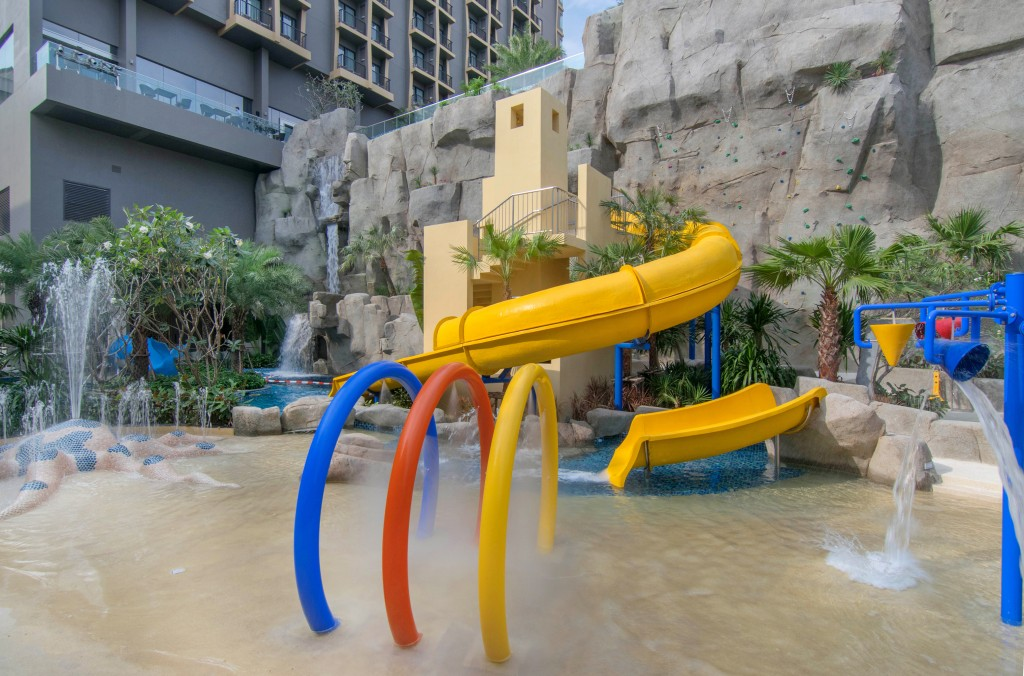 Mercure Pattaya Ocean Resort_Water Park 1