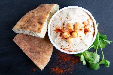 09072018_GourmetFood_Hummus&Pitas_Image1