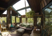 Living in HAWAII VOLCANO TREEHOUSE [the coolest house on