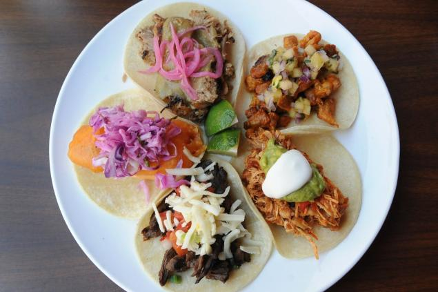 Eating along the 2 line: Brooklyn Heights has rising food scene