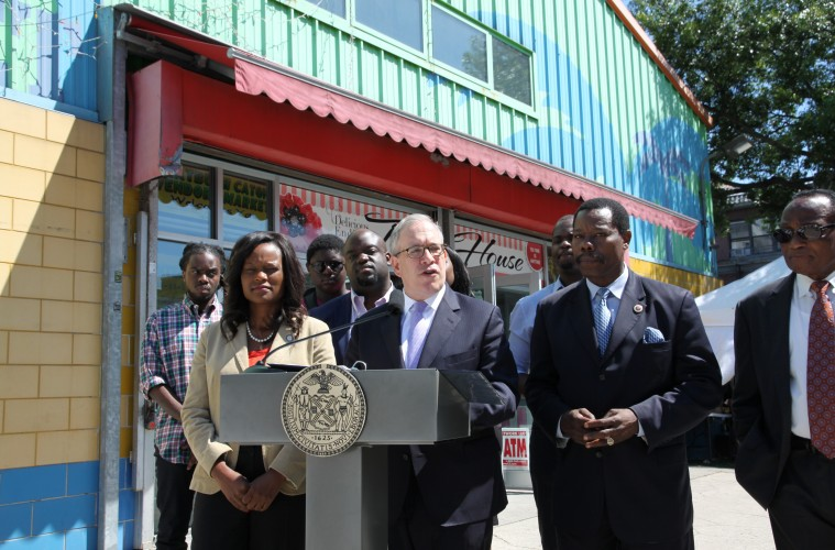 Stringer Releases Immigration Guide In Haitian Creole