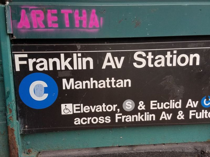 Mural aims to honor late Aretha Franklin on Brooklyn subway station