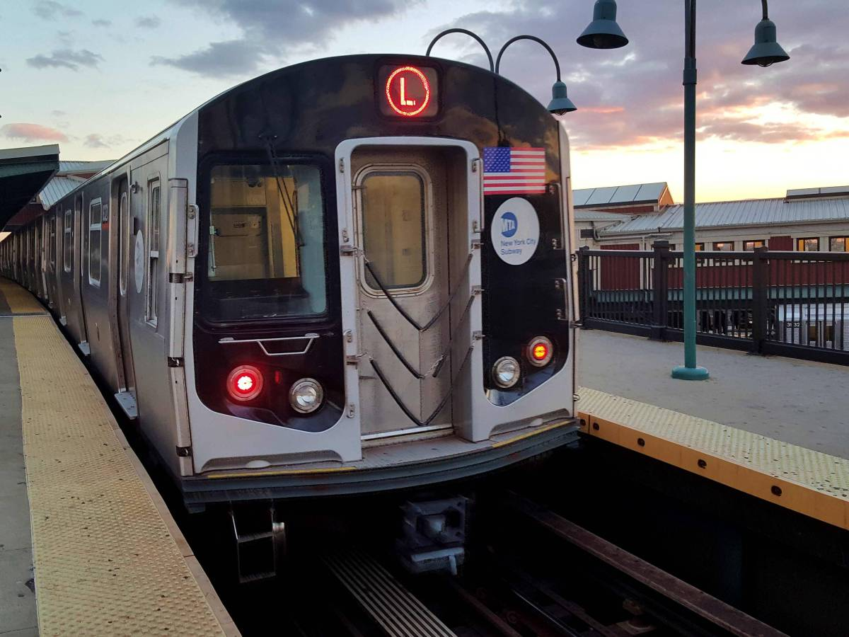 In a surprising move, Governor Andrew Cuomo pulled the breaks on the L train shutdown on Wednesday
