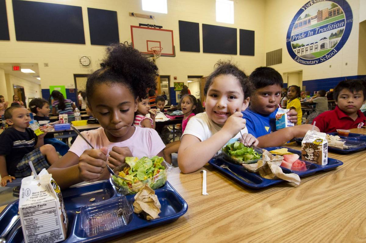Beginning June 27, the city offers free summer meals at nearly 1,200 for all NYC kids under 18.