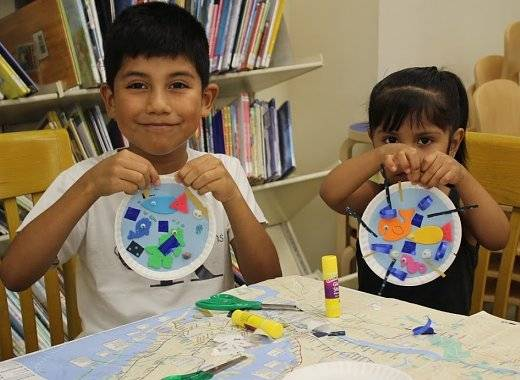 invites kids ages 6 - 12 to make last minute Father's Day crafts.