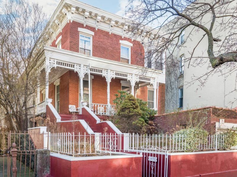 In Crown Heights, 138-year-old landmarked townhouse wants $2.5M