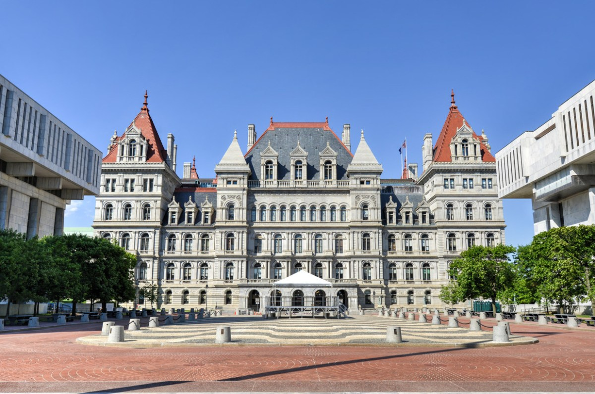 Minority lawmakers push for police reform bills to pass in Albany
