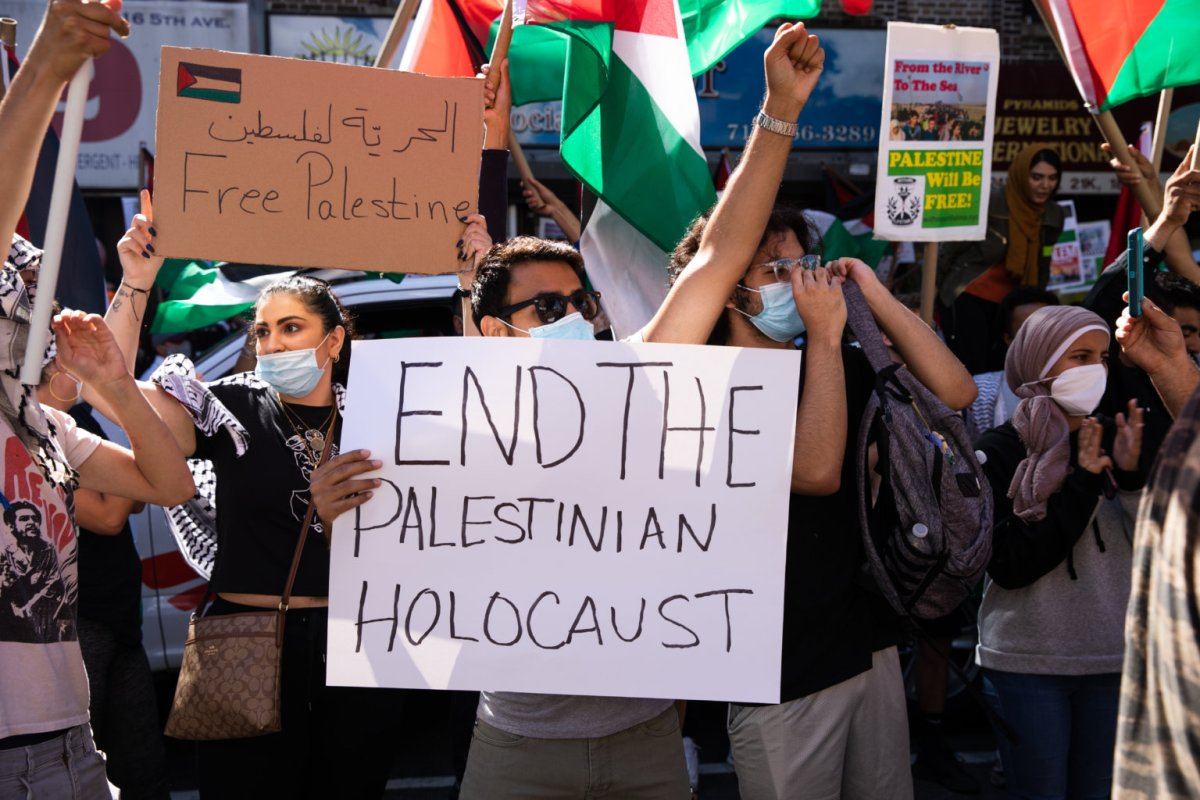 PHOTOS: Protesters march from Bay Ridge to Barclays Center for a free Palestine