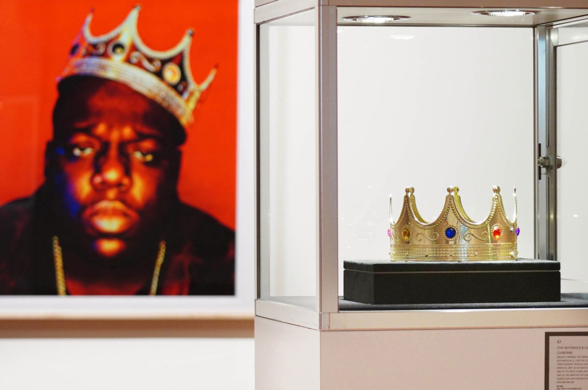 Notorious B.I.G.'s $6 plastic crown sells for $475,000 in auction