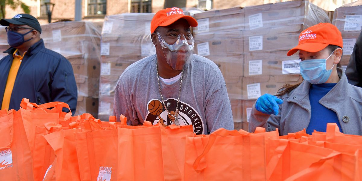 Tracy Morgan Returns To Brooklyn For Thanksgiving Food Give-Away