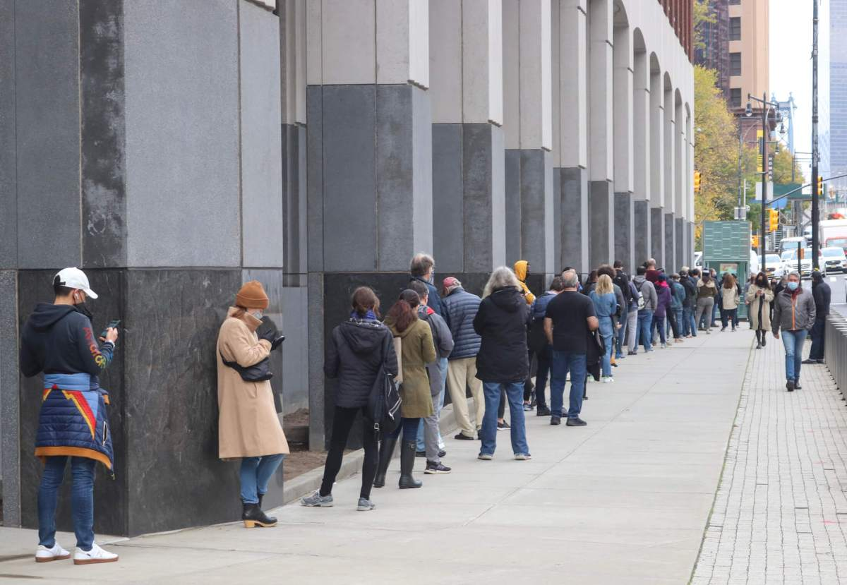 Brooklynites Deluge Polling Sites, Cast Most Early Votes Out of All Boroughs