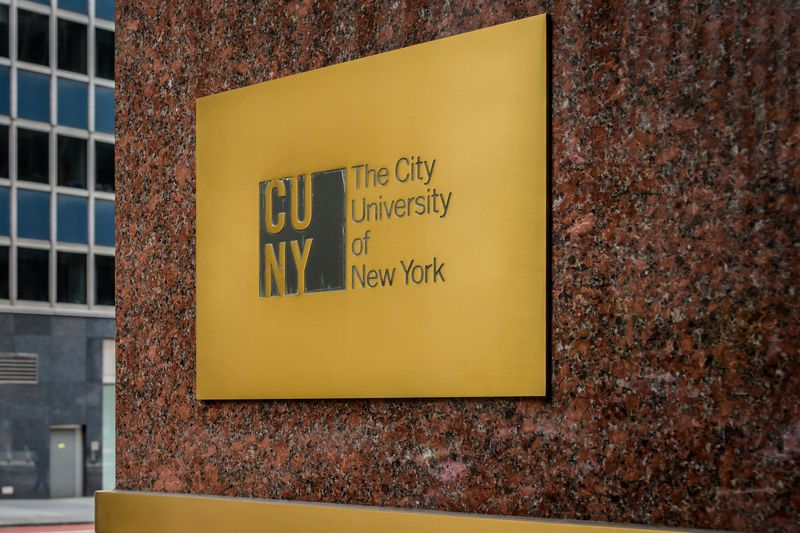 NYC college attainment varies dramatically by race, neighborhood: report