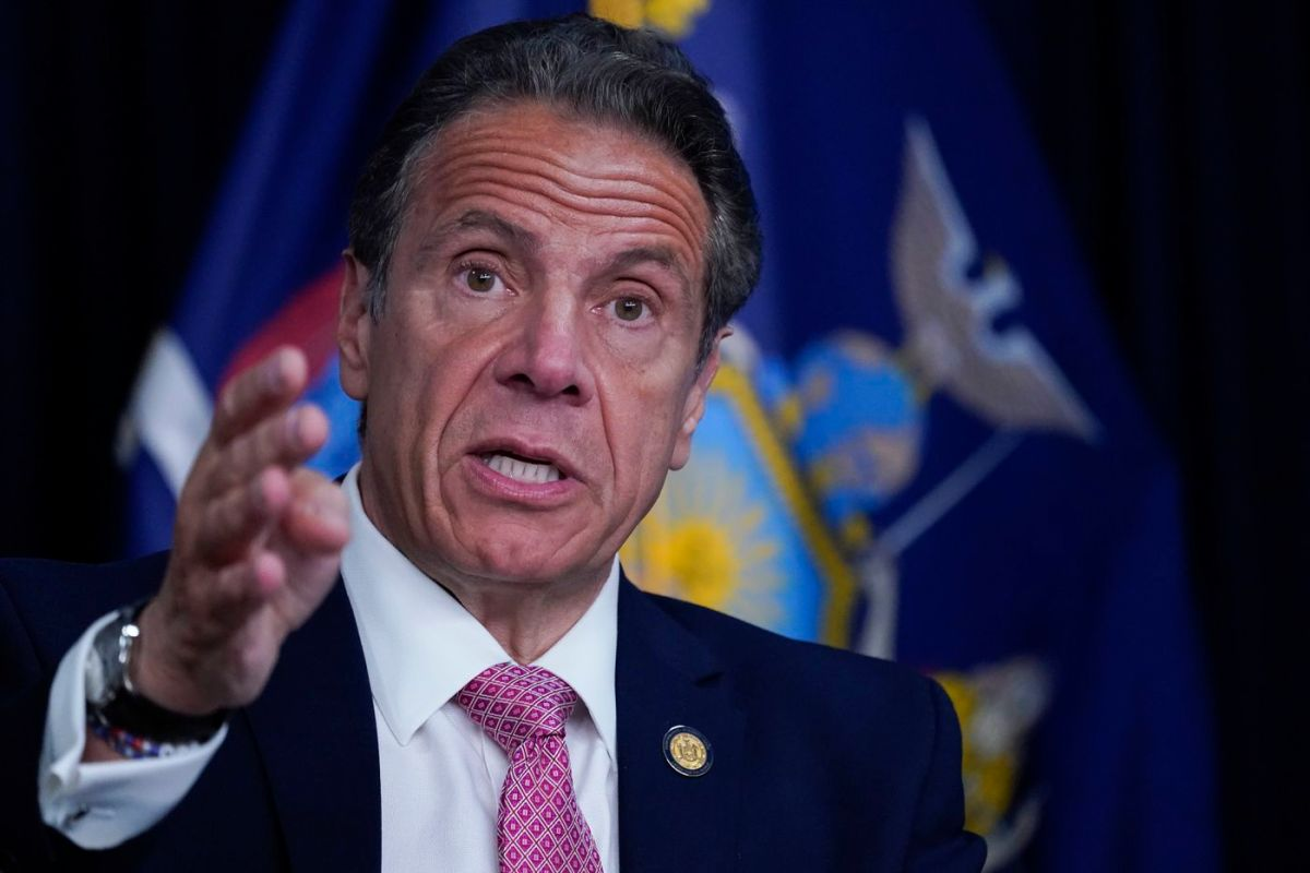 Cuomo says vaccinated New Yorkers can go mask-free, adopts CDC guidance