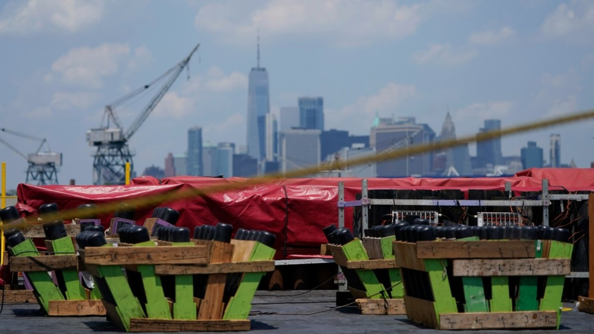 Preview: Macy's 4th of July fireworks to once again light up New York City skyline