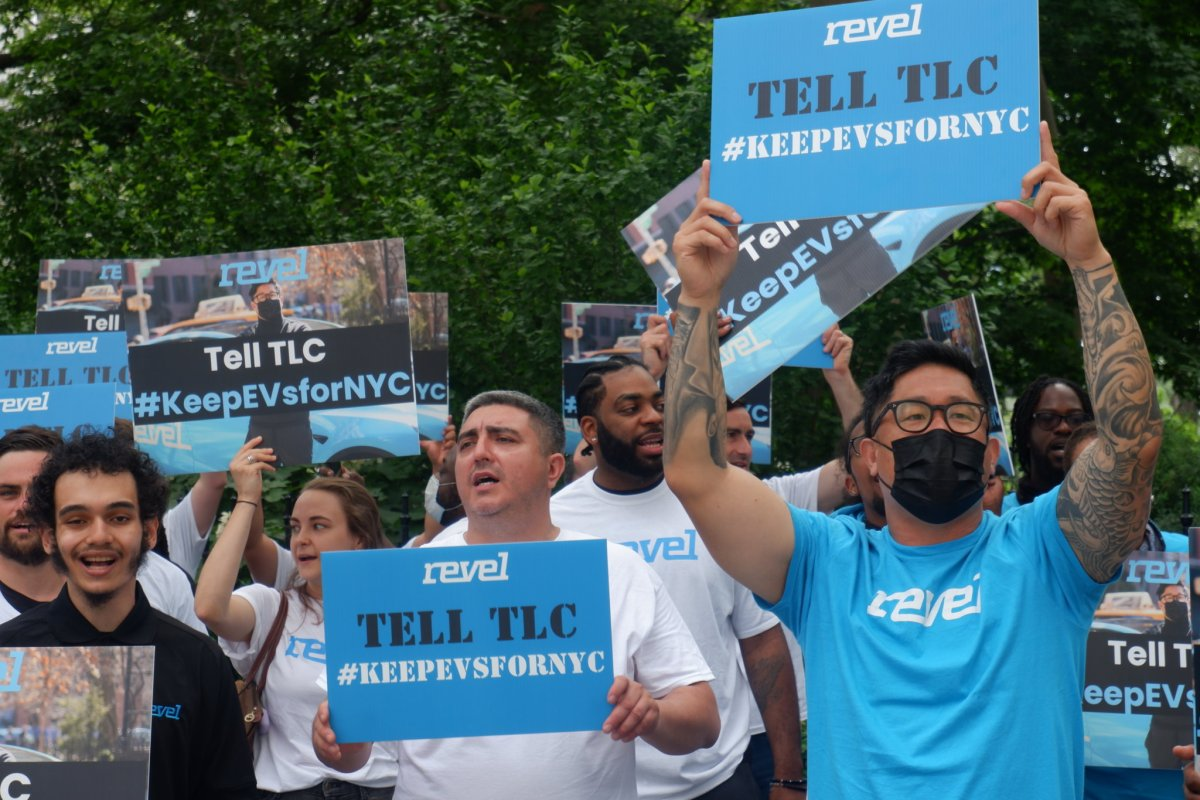 Revel supporters rally demanding city approve its all-electric cab fleet