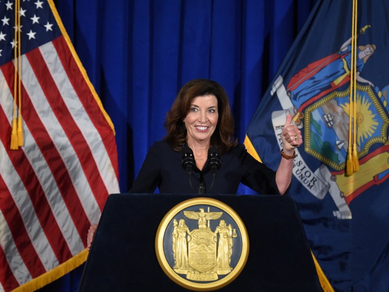 Hochul signs law to expand SNAP benefits to restaurants
