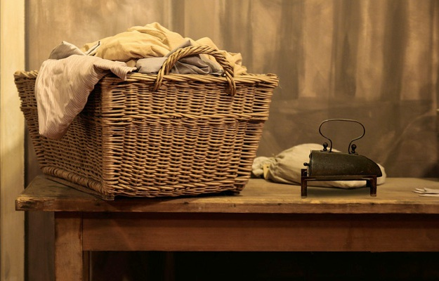 Doing Laundry: Who Must Wash the Clothes? | Wifely Duties and Husbandly Tasks That Keep Your Home Running Smoothly