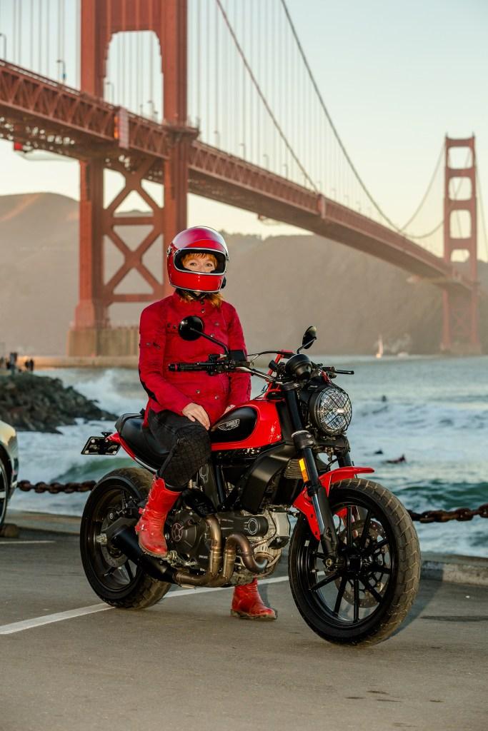 Melinda-Epler-Ducati-Scrambler-full-motorcycle