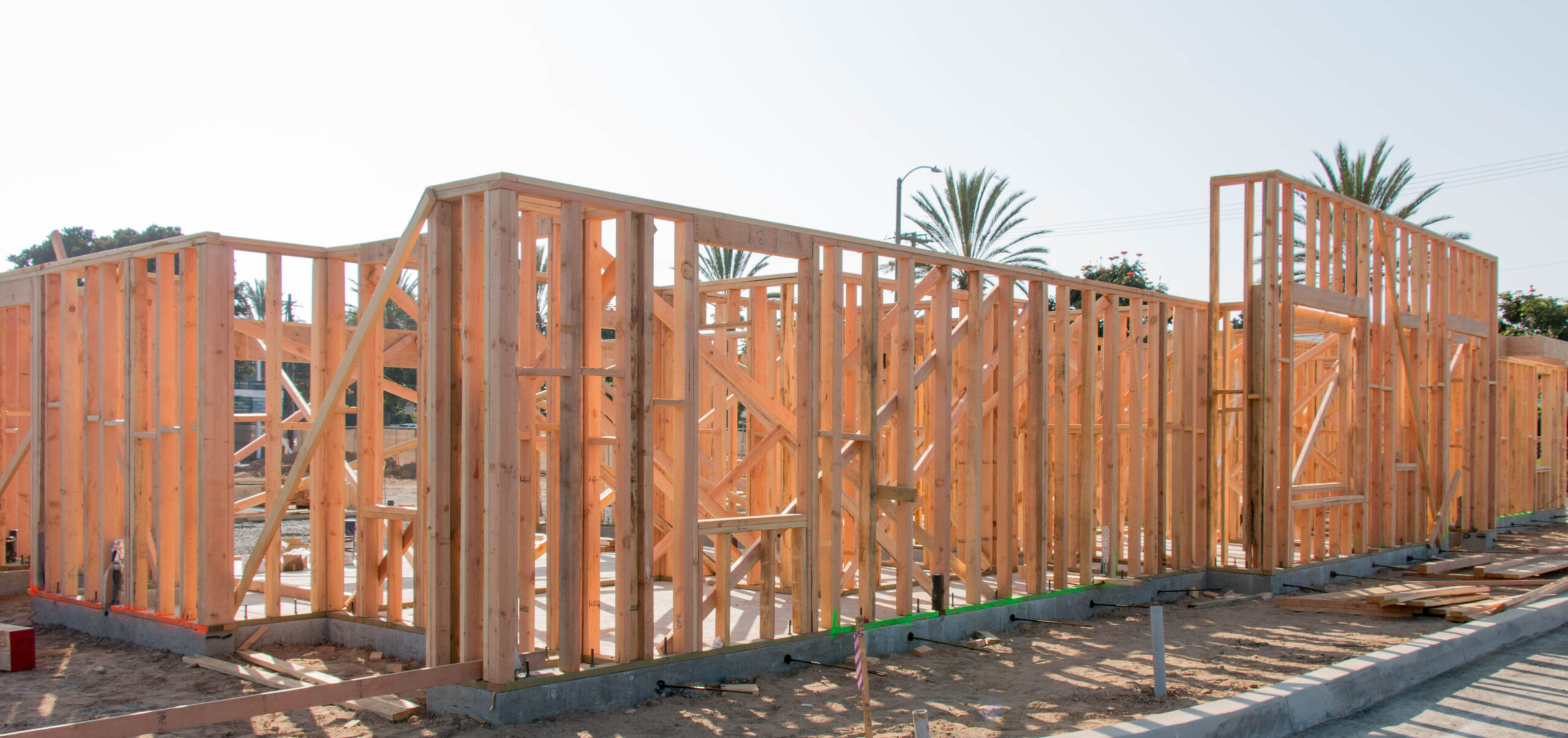 the_isle_mariner_shores_newport_beach_framing-2