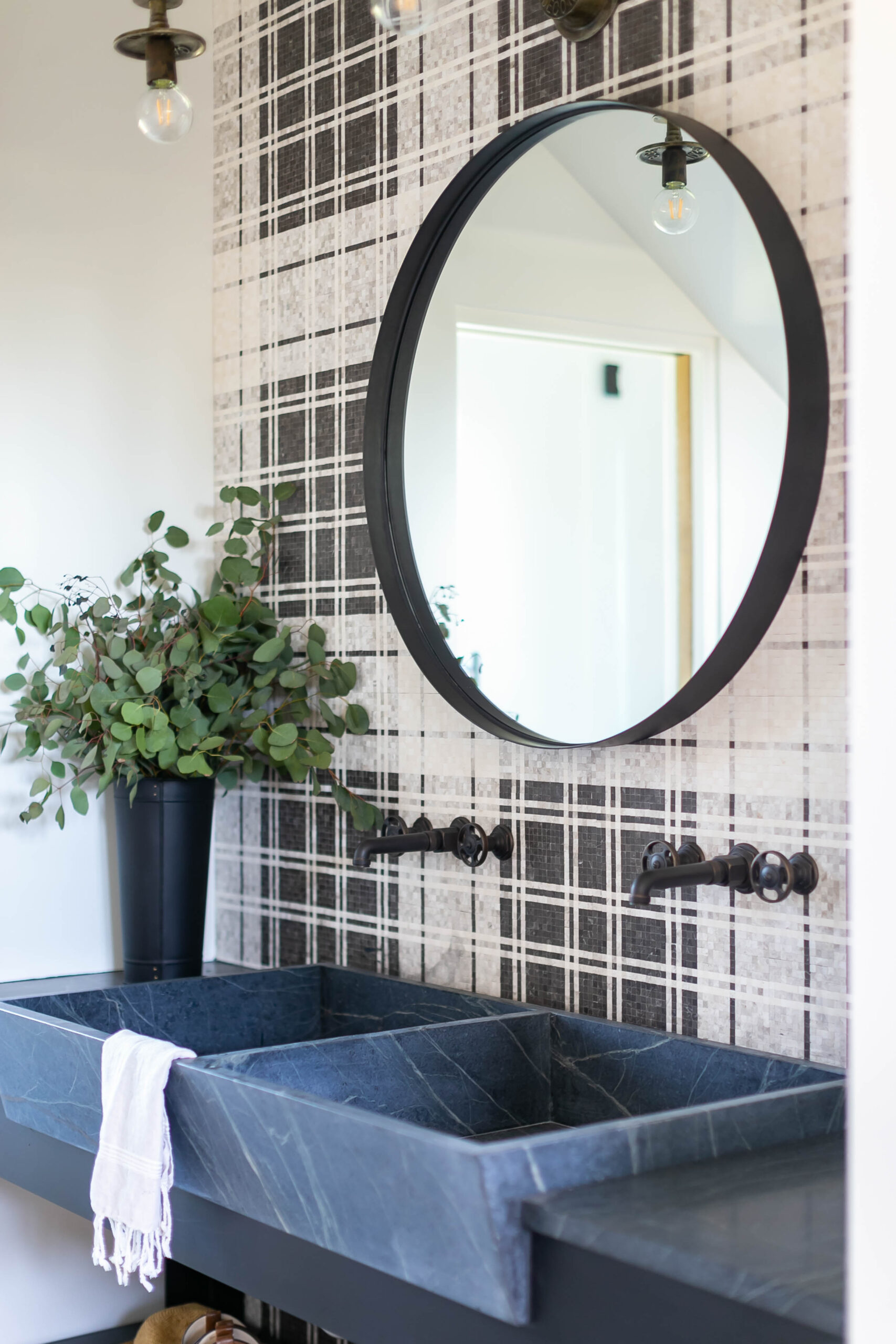 PROJECT SANTA YNEZ // PATTERSON CUSTOM HOMES // BRANDON ARCHITECTS // BLACKBAND DESIGN // RYAN GARVIN PHOTOGRAPHY