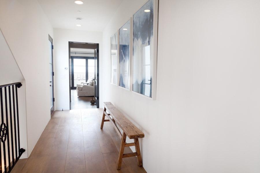 hallway to master bedroom, hallway decor