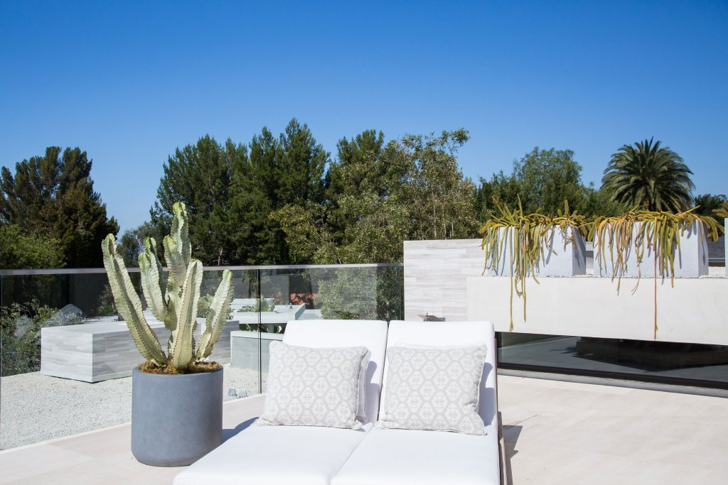 blackband_design_rooftop_bel_air