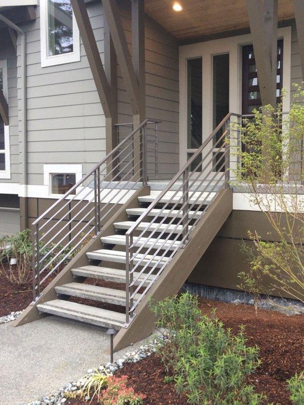 Horizontal Railings Two Modern Homes - Seattle Wa