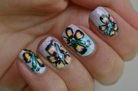 Hawaiian flowers nail art | BlackbirdNails