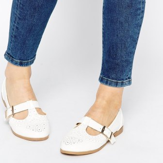 Chaussures blanches - white shoes, 26.99€