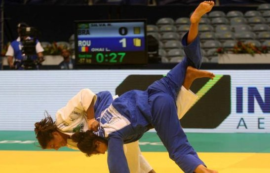 Silva in victory over Loredana Ohai
