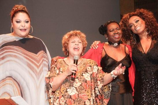 Singers Fabiana Cozza, Leni Andrade, Áurea Martins and Paula Lima sing hit songs of late singer Emílio Santigo