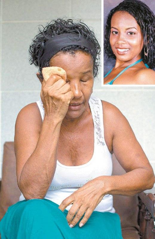 Valdicéia França laments the imprisoning of her daughter Mirian