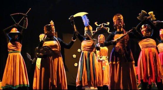 Scene from 'O Negro, a Flor e o Rosário'