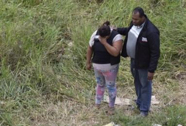 Gilmária é levada a local do crime para que a Polícia Civil faça a reconstituição 4