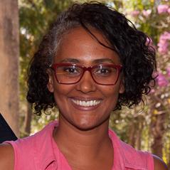 18 - Ana Lígia Montalvão de Souza
