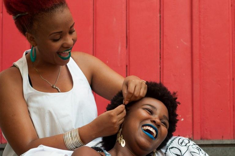 para-sueide-o-exercicio-de-se-doar-foi-algo-que-o-brasil-aprendeu-com-as-mulheres-negras